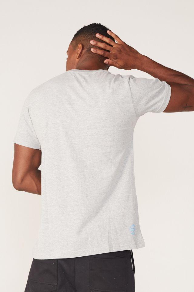 Camiseta-Starter-Estampada-Collab-Wally-Cinza-Mescla