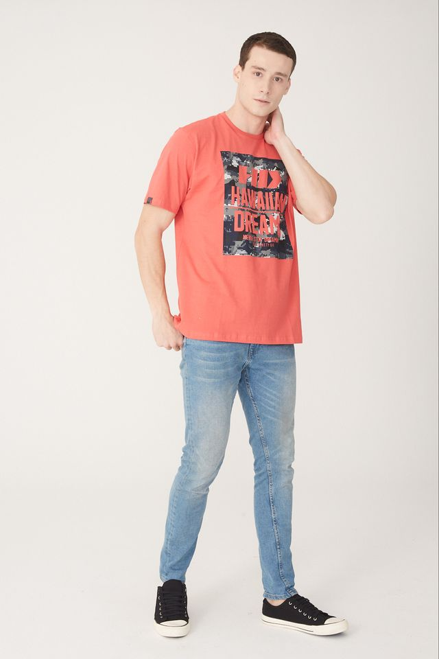 Camiseta-HD-Estampada-Vermelha