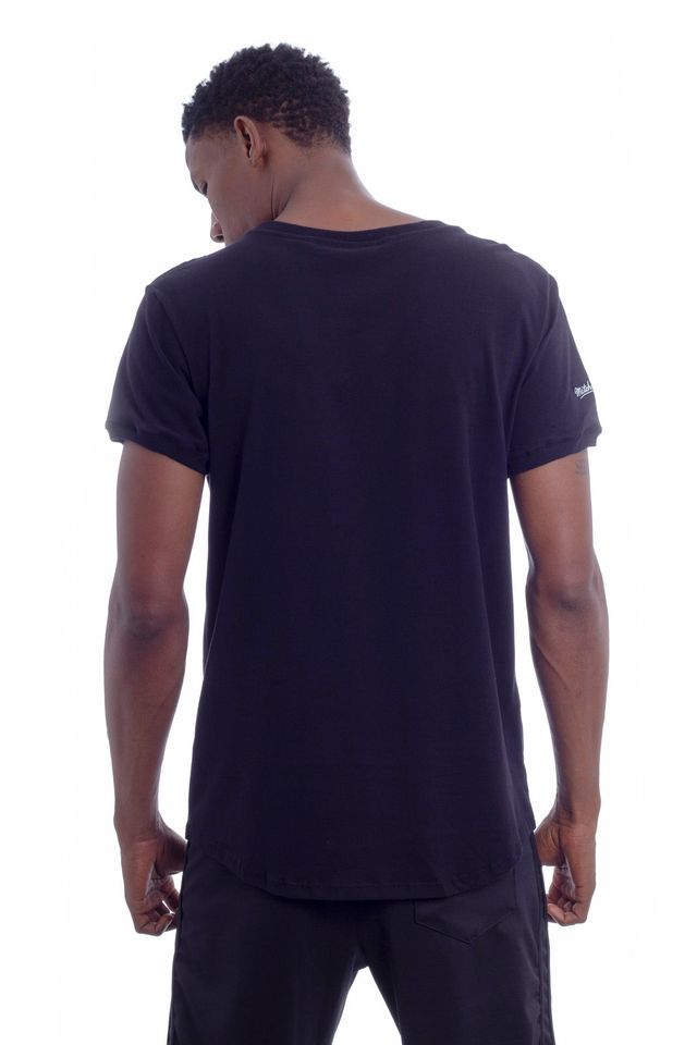 Camiseta-Mitchell---Ness-Estampada-Especial-Soccer-Los-Angeles-Lakers-Preta