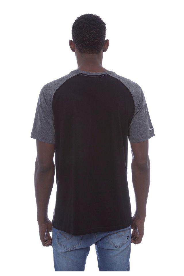 Camiseta-Mitchell---Ness-Raglan-Estampada-Branding-Preta